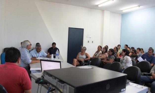 Docentes cobram participação das Associações em negociação com o governo