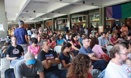 UESC: Professores saem da greve, assinam acordo e preparam calendário de reposição das aulas