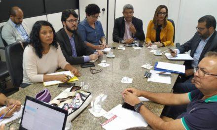 GOVERNO ADMITE PROBLEMAS NO PAGAMENTO DOS PROFESSORES, ASSUME FOLHA SUPLEMENTAR E NORMALIDADE PARA SALÁRIO DE JULHO
