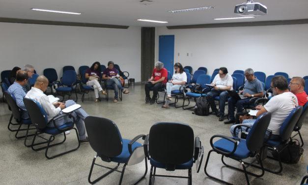GOVERNO IMPÕE CONDICIONANTE SOBRE A D.E. NA MESA DE NEGOCIAÇÃO