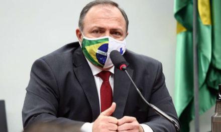 Testes parados, baixos investimentos: a descoordenação do Ministério da Saúde no combate à Covid