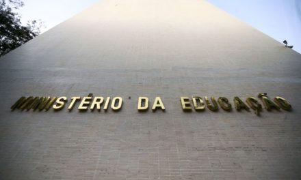 Ministro do MEC confirma mais de R$ 1,57 bi de corte na Educação