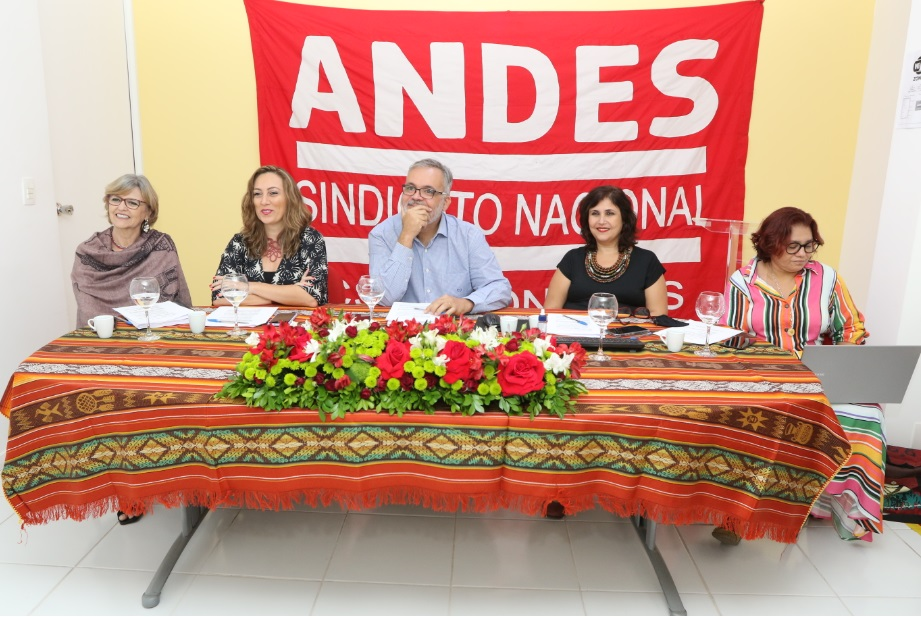 Empossada a nova diretoria do ANDES-SN