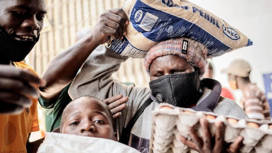 Países mais pobres e subdesenvolvidos não têm previsão de plano de vacinação em massa
