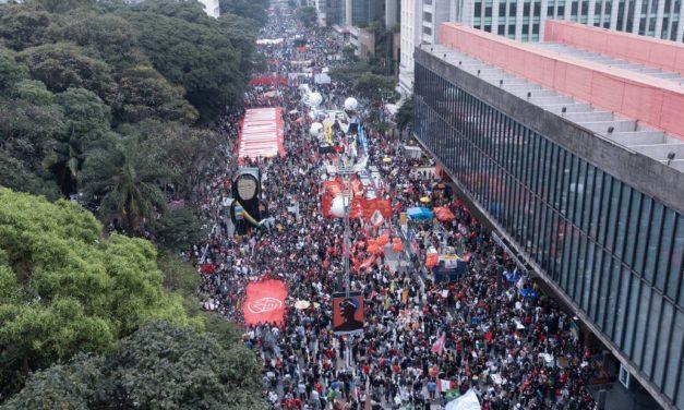 Manifestações no #19J tomam mais de 400 cidades e intensificam a luta pelo Fora Bolsonaro