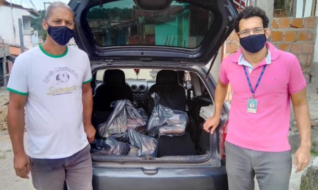 UESC Solidária entrega doações do dia de vacinação