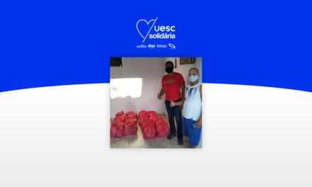 UESC Solidária distribui cestas básicas de junho