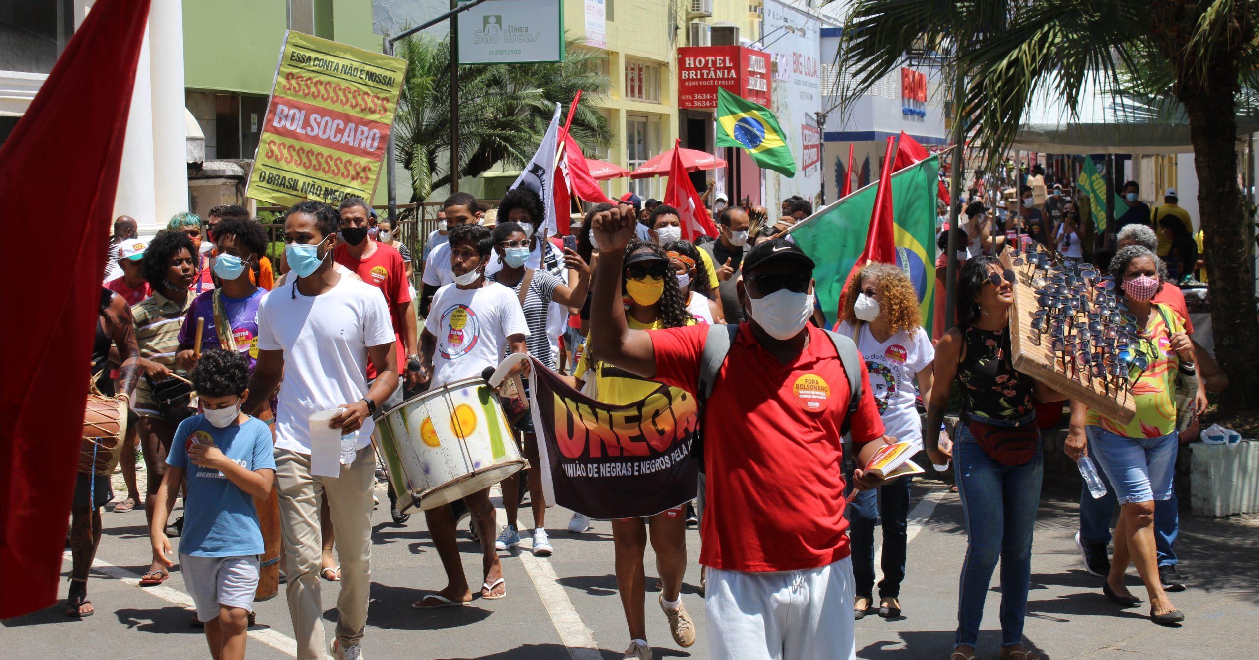 Dia 2: Ilhéus nas ruas contra o governo Bolsonaro