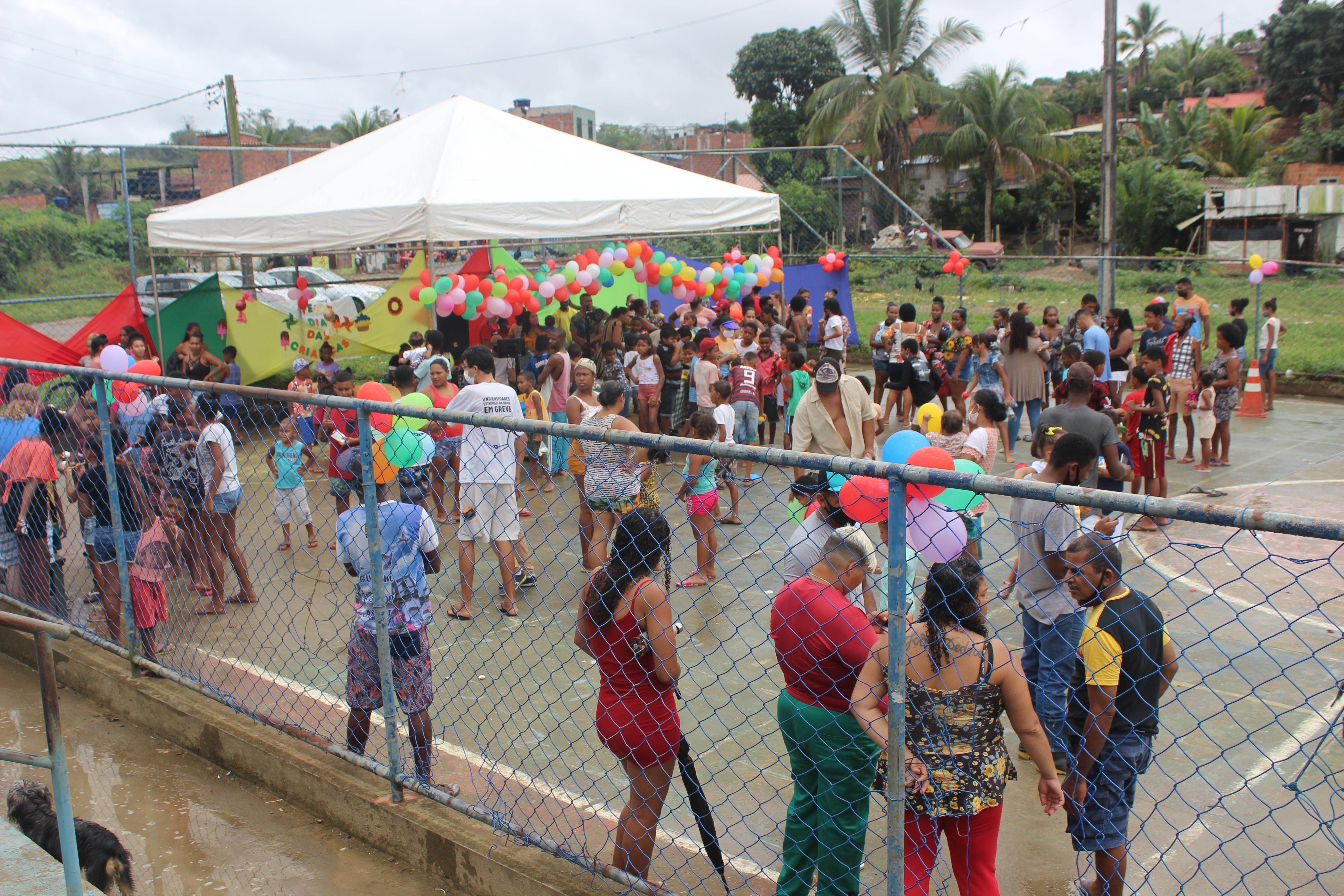 Fotos: ADUSC promove ação do Dia das Crianças em Itabuna