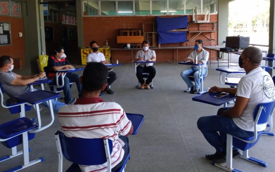 Equipe gestora da UESC Solidária se reúne com a Associação de moradores de Salobrinho